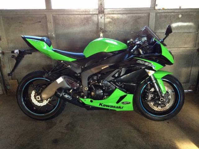 Selling 2012 Kawasaki Ninja ZX6R 2k Miles LIKE NEW - $6495 ...
