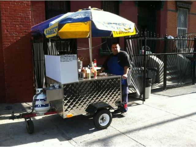 Lil LOUIE'S HOT DOG CART FOR SALE - $3000 (236 MESEROLE