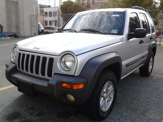 2003 jeep liberty for sale clean 126k miles 4600 astoria queens nyc new york city new. Black Bedroom Furniture Sets. Home Design Ideas