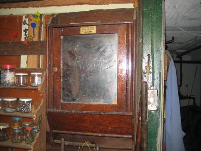 antique medicine cabinet for sale 35 greenpoint williamsburg rh newyorkads net Vintage Medicine Cabinet antique medicine cabinet for sale in vt