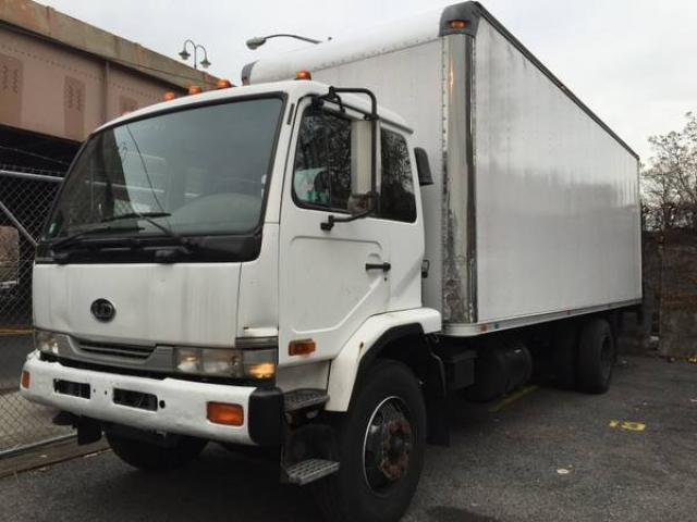 2003 nissan ud 2600 box truck for sale 12000 midtown west nyc new york city new york ads. Black Bedroom Furniture Sets. Home Design Ideas