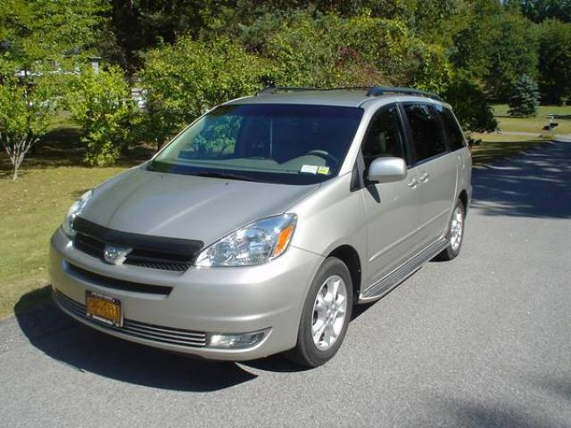 2004 toyota sienna xle minivan all wheel drive 7 passenger mint for sale 8500 wappingers. Black Bedroom Furniture Sets. Home Design Ideas