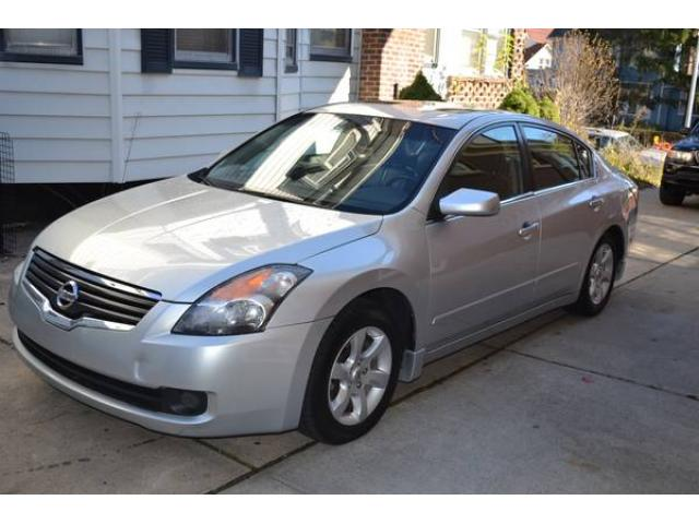 2009 nissan altima 2 5 sl for sale 7700 richmond hill queens nyc new york city new york ads. Black Bedroom Furniture Sets. Home Design Ideas