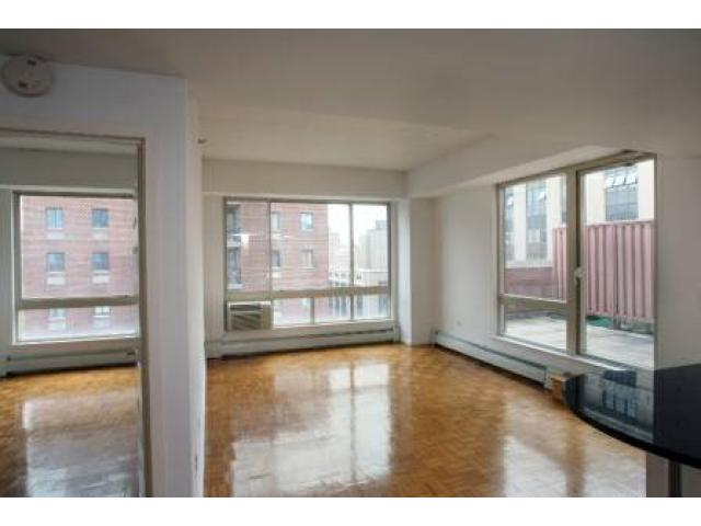 2695 fantastic no fee studio w ss appliances high ceilings roof