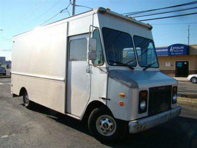 1995 Chevrolet P Forward Control Chassis P30 14FT STEP VAN