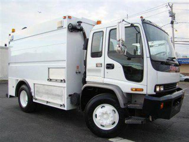 2002 gmc t7500 12ft enclosed utility service truck for sale 20000 island park ny island. Black Bedroom Furniture Sets. Home Design Ideas
