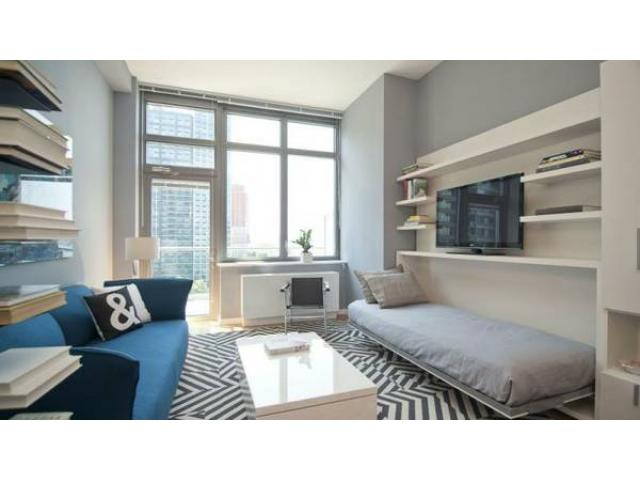 $5255 / 2br   Luxury Apartment Sun Deck Waterfront Skyline   (Long Island  City,