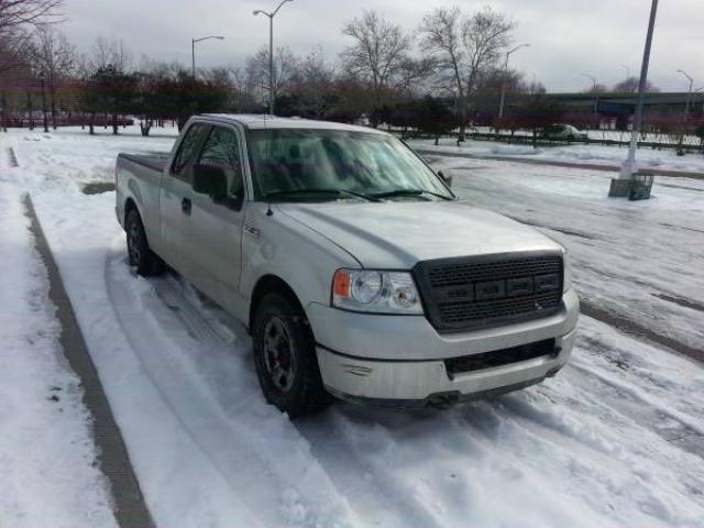 2005 ford f150 super cab pickup 4x4 runs great for sale 4800 queens nyc new york city. Black Bedroom Furniture Sets. Home Design Ideas