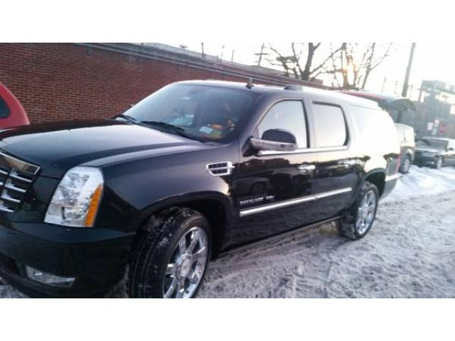 2011 cadillac escalade esv luxury premium suv for sale black inside and black outside 35500. Black Bedroom Furniture Sets. Home Design Ideas