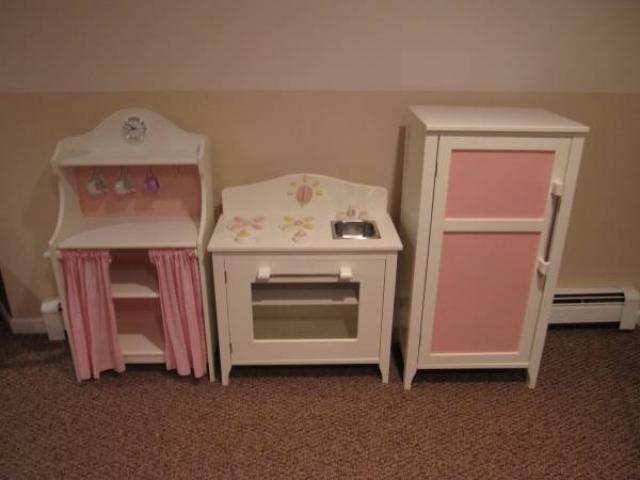 Pottery barn kids 3 piece kitchen set for sale 325 for Kids kitchen set sale