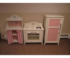 pottery barn kids 3 piece kitchen set for sale 325 northport ny northport new york ads. Black Bedroom Furniture Sets. Home Design Ideas