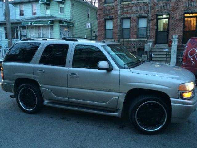 2004 yukon denali suv for sale 8500 brooklyn nyc new york city new york ads. Black Bedroom Furniture Sets. Home Design Ideas