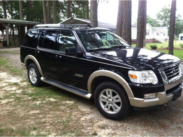 2006 ford explorer eddie bauer fully loaded 3rd row seat leather for sale 9800 brooklyn nyc. Black Bedroom Furniture Sets. Home Design Ideas