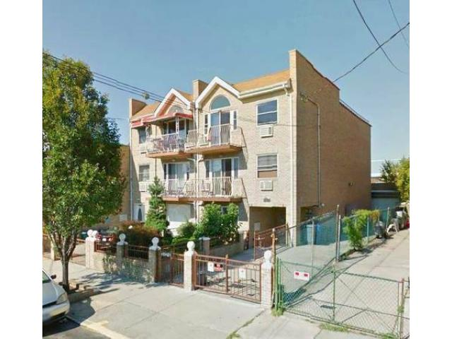 1450000 8br 3 family semi detach house for sale 2 for New york city apartments for sale