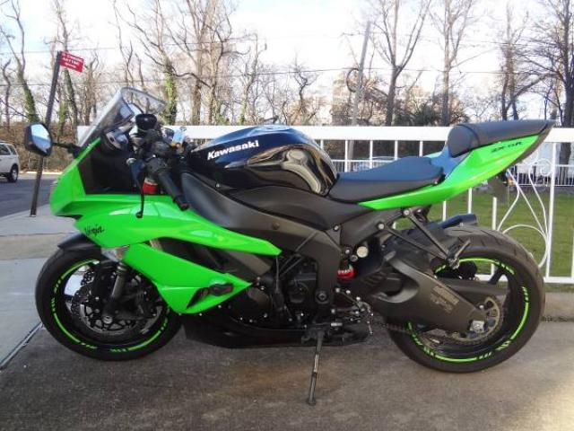 2011 kawasaki ninja zx6r bike for sale green great condition factory super low miles 7495. Black Bedroom Furniture Sets. Home Design Ideas