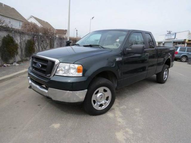 2005 ford f 150 xl t pickup truck for sale one owner car clean title clean car fax 8500 nyc. Black Bedroom Furniture Sets. Home Design Ideas