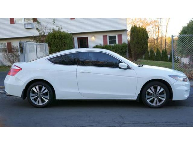 2010 honda accord coupe ex white for sale 12500 nanuet ny nanuet new york ads. Black Bedroom Furniture Sets. Home Design Ideas