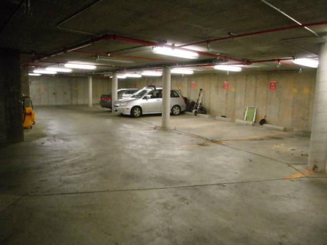 100 motorcycle indoor parking space for rent bushwick for Parking garage in nyc