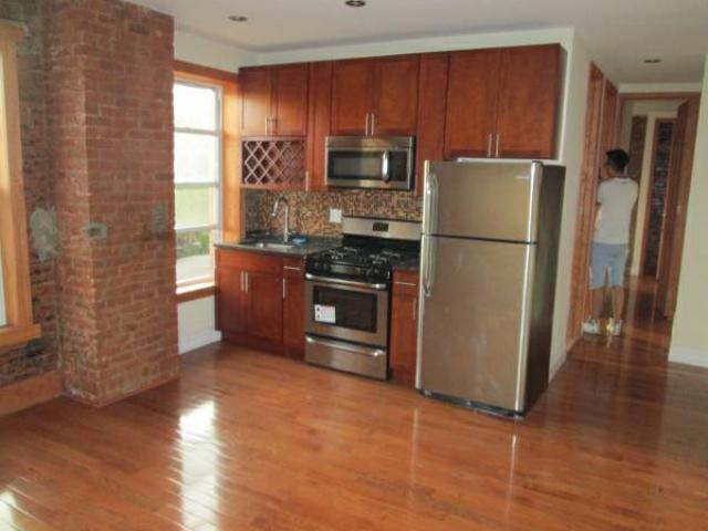 1994 2br Stunning Apt For Rent Shared Yard Roofdeck