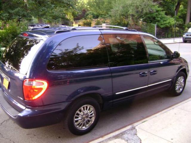2002 chrysler town country limited minivan for sale 3000 manhattan nyc new york city. Black Bedroom Furniture Sets. Home Design Ideas