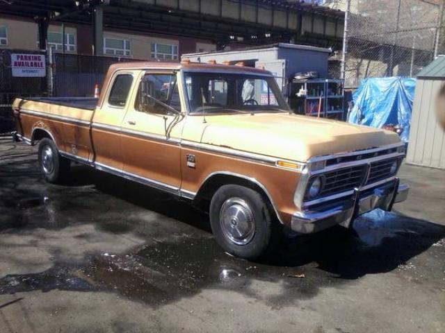 1975 ford f250 super cab pickup truck for sale 3000 brooklyn nyc new york city new york ads. Black Bedroom Furniture Sets. Home Design Ideas