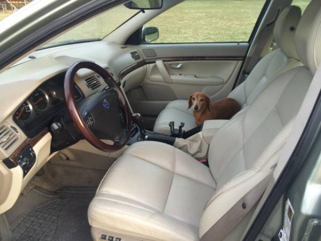 interior brooklyn nyc volvo driver view crosscountry models lease