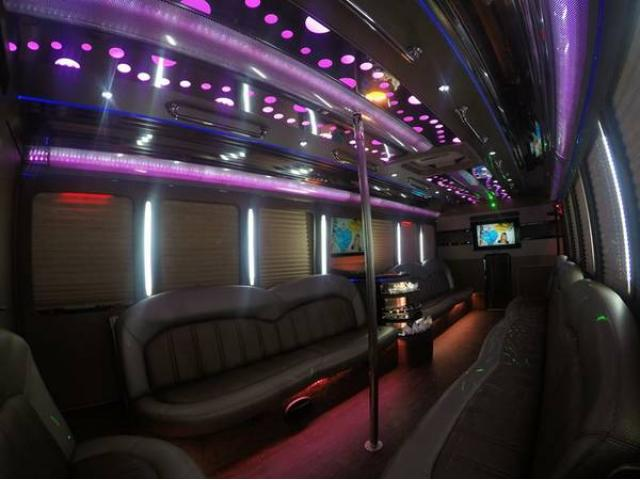 Mercedes Benz Midtown >> Party Bus , Hummers, Mercedes Benz Sprinter, Passenger Van ...